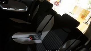 リクライニングは小さめ!?|ダイハツ キャストの後部座席の不満&欠点