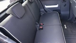 後部座席の足元空間の広さを画像で確認|ハスラーの内装インプレ1