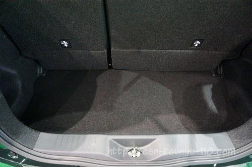 トヨタ新型パッソ画像0039