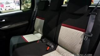 【キャストと比較】新型パッソには無い2つの後部座席の機能とは?