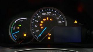 【ガソリン車と違う?】新型ヴィッツ ハイブリッドのメーター画像レビュー
