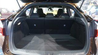 トヨタC-HR/CHRで車中泊は可能?シートアレンジを確認