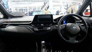 トヨタC-HR/CHRと現行型プリウスを比較【乗り心地にどんな違いが?】
