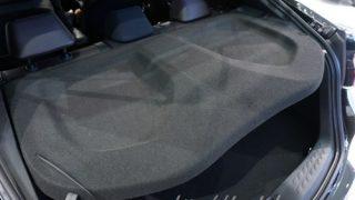 トノカバーの使い勝手はどうだった?トヨタC-HR/CHRの装備