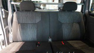 新型キャラバンNV350の後部座席はリクライニングできる?実車で確認