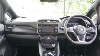 車内にコンセントは装備されているの?新型リーフの内装・インテリア