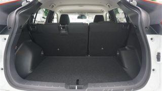 新型エクリプスクロスの荷室の奥行きの広さ【後部座席の位置でどれくらい変わる?】